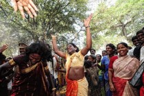 locals laugh at aravanis mouring their symbolic divirce